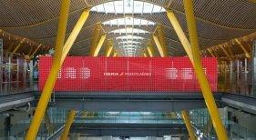 Iberia presenta cambios en su puente aéreo