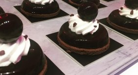 Ricardo Vélez  de la pastelería Moulin Chocolat fue uno de los premiados