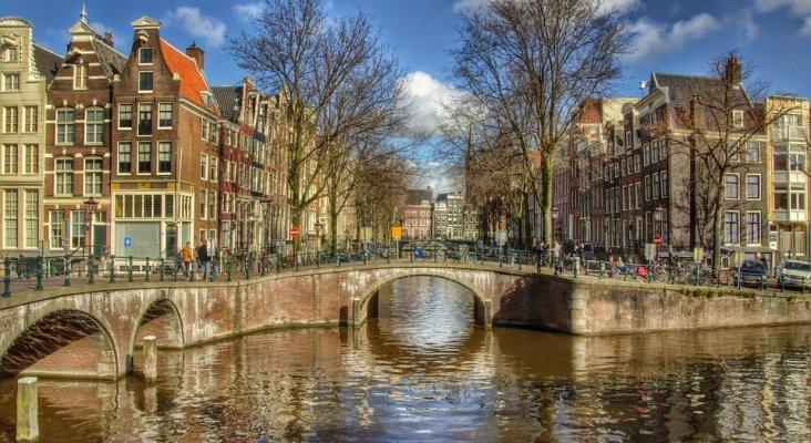 Ámsterdam es una de las ciudades que tienen establecida una tasa turística