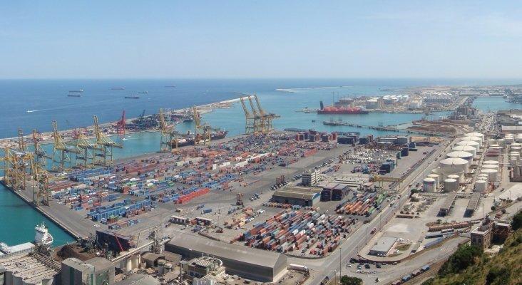 Puerto comercial de Barcelona