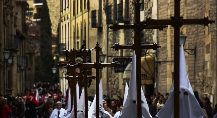 Nazarenos del Via Crucis