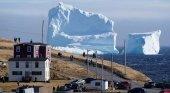 Un Iceberg surca las costas de Newfoundland