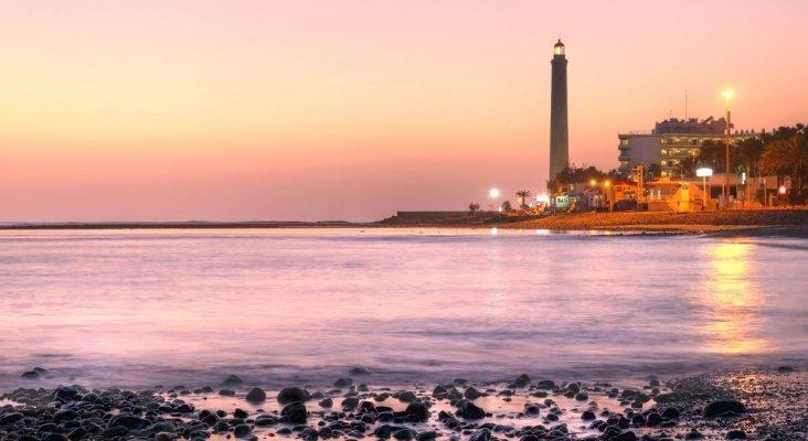 """Faro de Maspalomas de Gran Canaria en """"Tenerife"""""""
