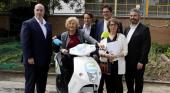 Manuela Carmena, alcaldesa de Madrid, presentando el nuevo servicio