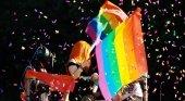 La cantante Alaska en una carroza del Orgullo Gay