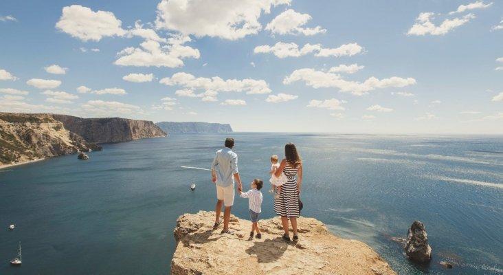 Los 'millennials' se consolidan como la generación más viajera