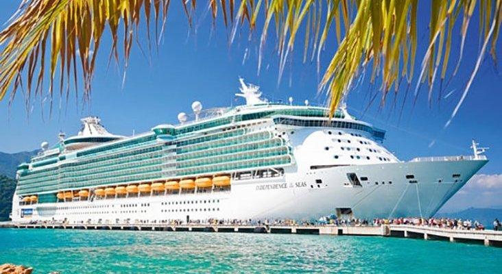 Las compañías de cruceros evitan el impacto económico de los huracanes