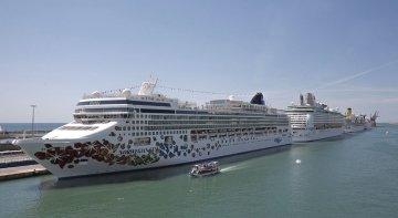 España amplía la prohibición de cruceros y permite los vuelos desde Italia