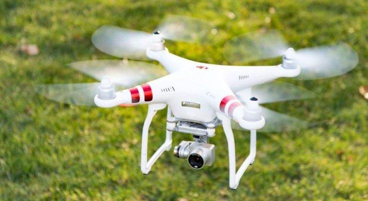 Dron. Foto de CNET