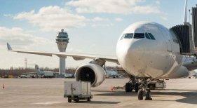Los precios de avión se disparan pese a la rebaja en las tasas
