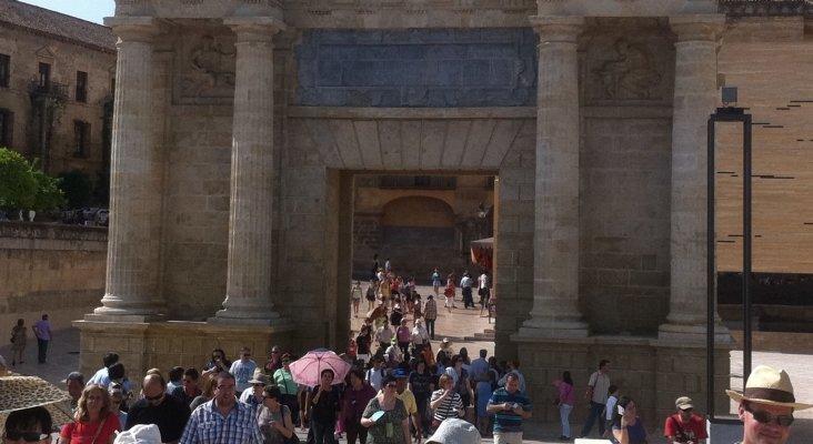 Turistas en Córdoba, FRONTUR