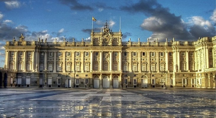 Palacio Real de Madrid. Foto de Tour Travel And More