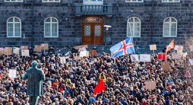 Islandia, primer país en aprobar una ley que exige a las empresas pagar igual a hombres y a mujeres