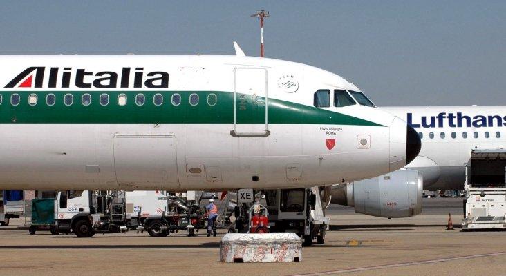 """Lufthansa """"debe mejorar su oferta"""" si quiere quedarse con Alitalia"""