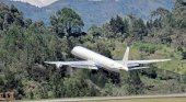 DC 8 de la compañía SkyBus Perú
