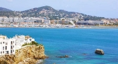 La oferta de viviendas ilegales cerca de superar a la regulada en la isla de Ibiza