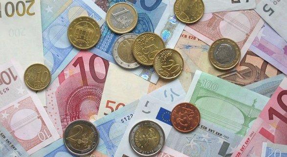 Ryanair hace negocio con el cambio de moneda en Reino Unido