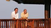 Julio Iglesias y Oscar de la Renta en Punta Cana. Foto: Punta Cana Blog