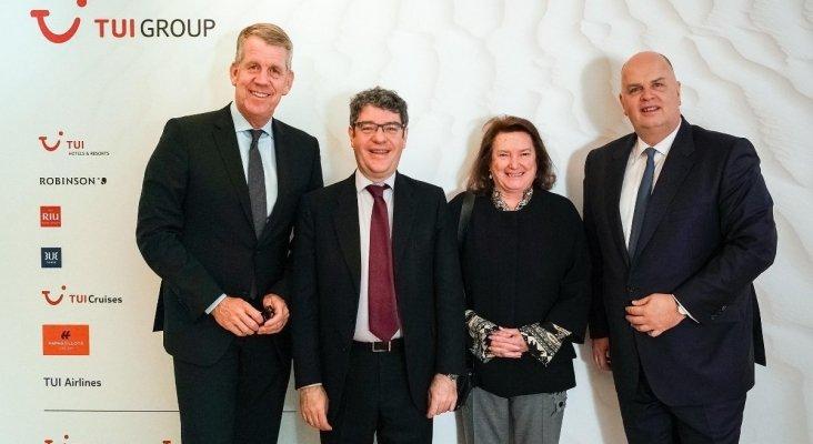 Fritz Joussen, Álvaro Nadal, Mª Victoria Morera y Thomas Ellerbeck