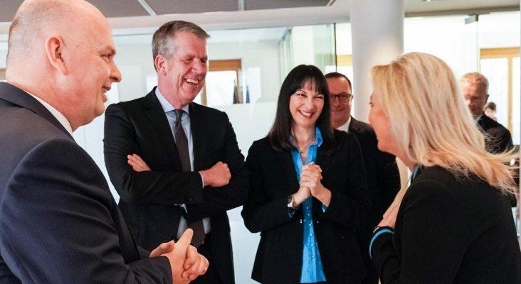 Momento del encuentro de la ministra de Turismo de Grecia con los máximos representantes de TUI Group