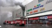 Brutal incendio en un centro comercial de Siberia