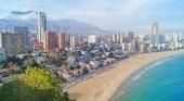 Comunidad Valenciana podría sustituir al turista británico por el chino o japonés