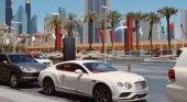Las matrículas digitales en Dubái pagarán las multas de tráfico