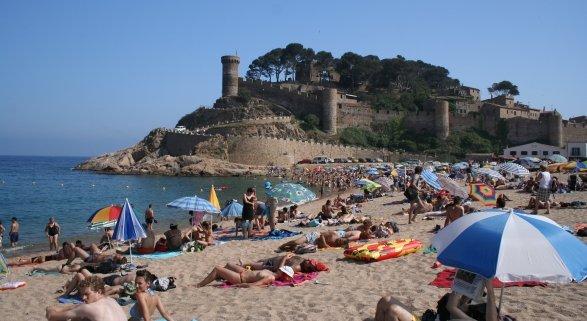 Desaceleración en el crecimiento turístico de España