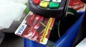 Turistas pagan droga con su Visa