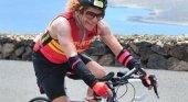 Una turista alemana de 73 años, fiel al Ironman de Lanzarote