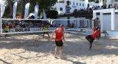 Exfutbolistas holandeses se citan en Ibiza para jugar al 'footvolley'