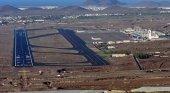 Aena licita la ampliación de la pista del aeropuerto de Los Rodeos, en Tenerife