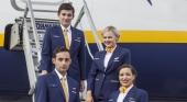 Los tripulantes de cabina de Ryanair amenazan con huelgas en enero