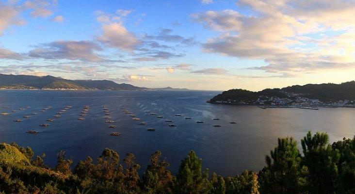 Galicia invierte 277.000 euros para impulsar el turismo marinero. Foto: Ría de Muros Ramon Piñeiro vía Wikipedia