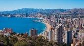 Los hoteleros de Benidorm exigen aumentar 21 euros los paquetes del Imserso
