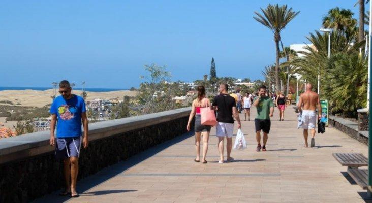 Comerciantes denuncian el acoso que sufren los turistas en Gran Canaria|La Provincia- José Carlos Guerra