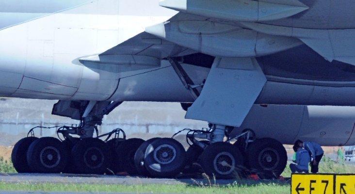 Fractura en el tren de aterrizaje de un avión de Korean Air