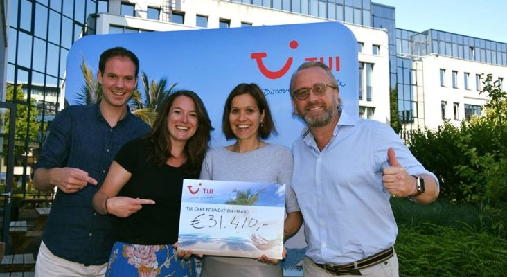 Arjan Kers, General Manager de TUI Nederland con Elise Allart, Executive Director Programmes & Operations de TUI Care Foundation, Anita Oosterlee de Sustainable Tourism y Melvin Mak, Manager of Sustainability de TUI Benelux.