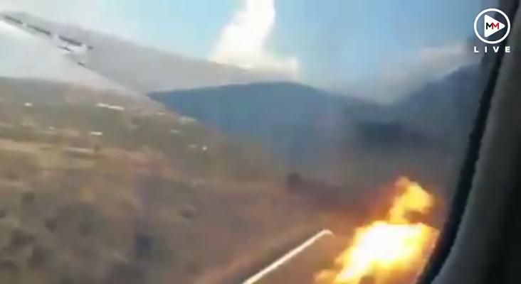 Pasajero graba el momento exacto en que avión se estrella