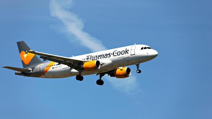 Thomas Cook podría vender su división de aerolíneas