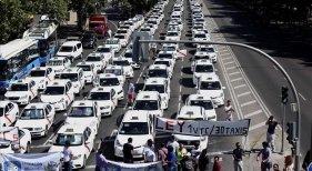 Taxis y competencia Foto: El Periódico