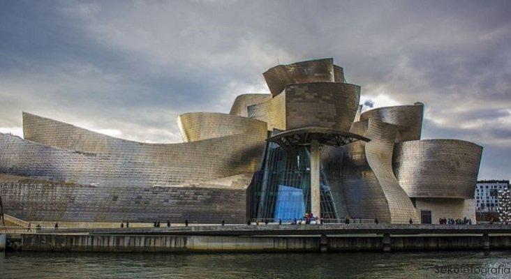 Alternativas al turismo de sol y playa cobran fuerza en España|Foto: museo Guggenheim de Bilbao- Sergio S.C CC BY-SA 2.0