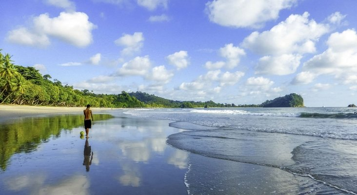 Costa Rica quiere ser primer país de Centroamérica con playas accesibles