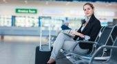 Los seguros para viajes corporativos no protegen lo suficiente a las mujeres