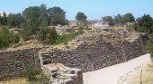 Troya y los Dardanelos| Foto: Restos de la muralla de la ciudad de Troya- CherryX CC BY-SA 3.0