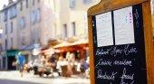 El sector turístico francés tiene 150.000 vacantes