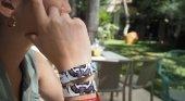 Meliá lanza pulseras que sustituyen a las carteras de sus clientes