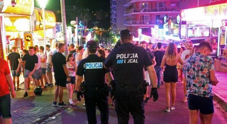 Magaluf limpia su imagen de turismo barato y de borrachera|Foto: Magaluf, Calvià- Jaime Reina, AFP vía La Vanguardia