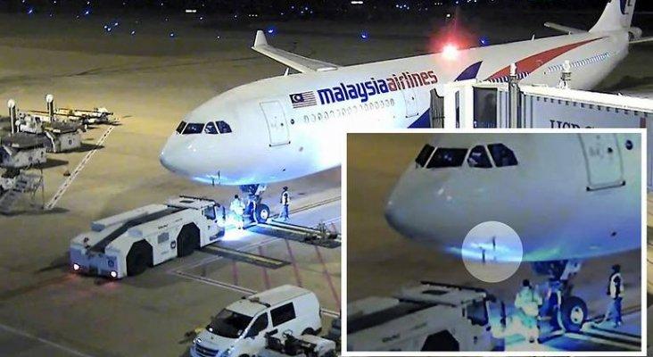 Resultado de imagen para A330-300 malaysia tubo pitot