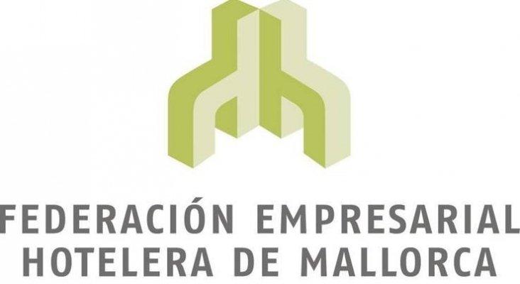 ONCE y hoteleros de Mallorca trabajarán por la accesibilidad